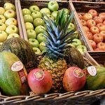 Fruta tropikalak eta bertakoak