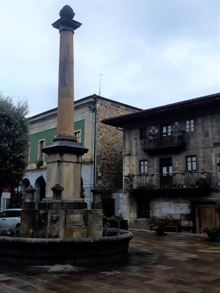 Fuente de la Alcachofa, Areatza